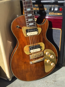 I actually really like the mods done to this '70s Les Paul Recording. Many players hated the low-impedance pickups, and those brass plates look particularly good, says I.